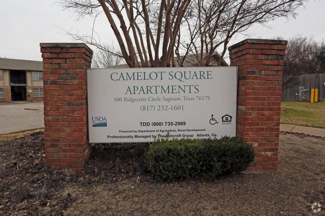camelot-square-apartments-saginaw-tx-building-photo
