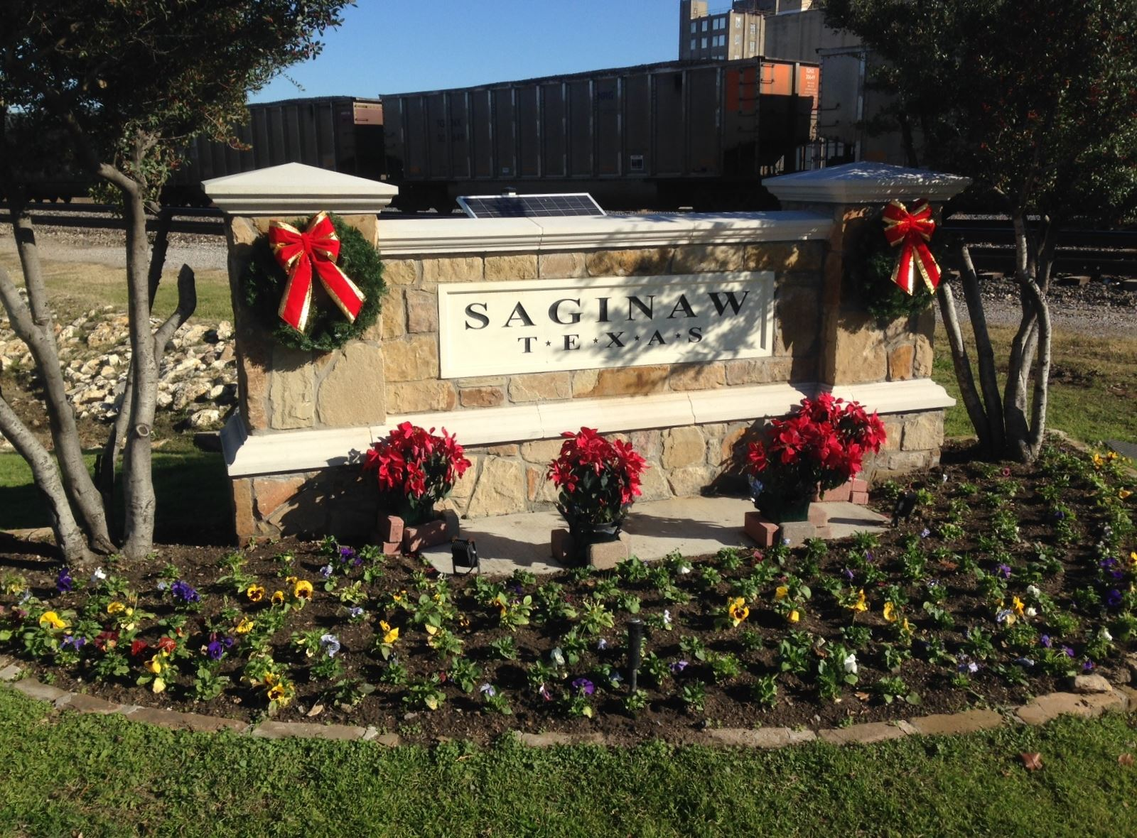 Saginaw Texas sign with Christmas decorations